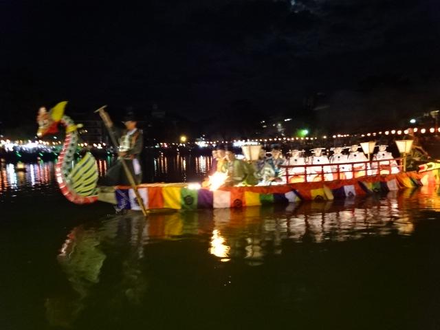 管絃船の儀 (12).JPG